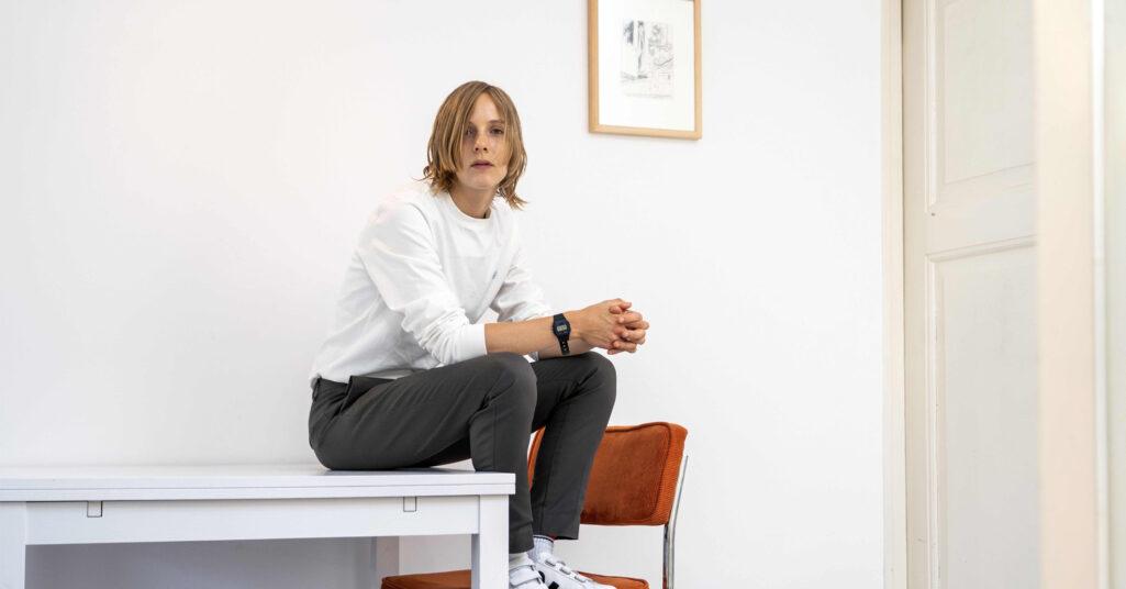 Marieke Lucas Rijneveld författare till Obehaget om kvällen